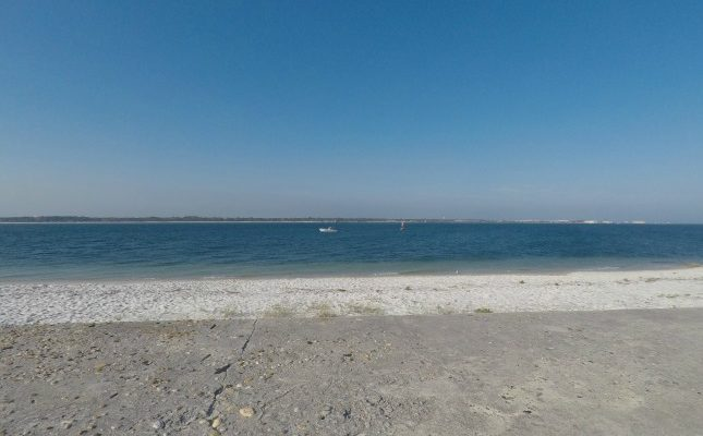 The sound side of Fort Pickens Beach